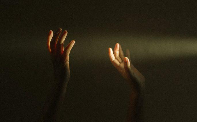 জ্বরে আক্রান্ত তরুণের মৃত্যু নিয়ে রহস্য
