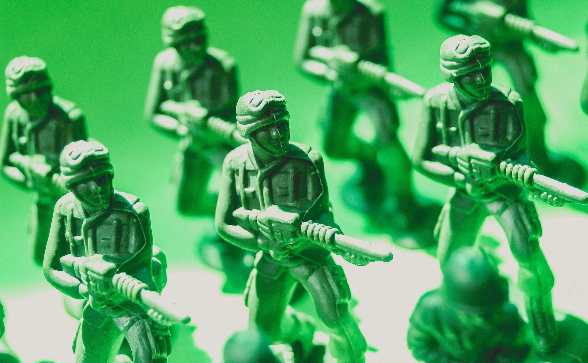 প্রধানমন্ত্রীর তহবিলে এক দিনের বেতন দিলেন বাংলাদেশ সেনাবাহিনী