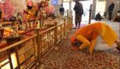 শিখ ধর্মগুরুকে জানালেন শ্রদ্ধা, গুরুদুয়ারায় গেলেন নরেন্দ্র মোদি